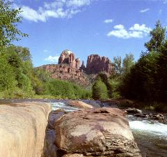 photograph of Sedona, Arizona's Red Rock Crossing and Oak Creek